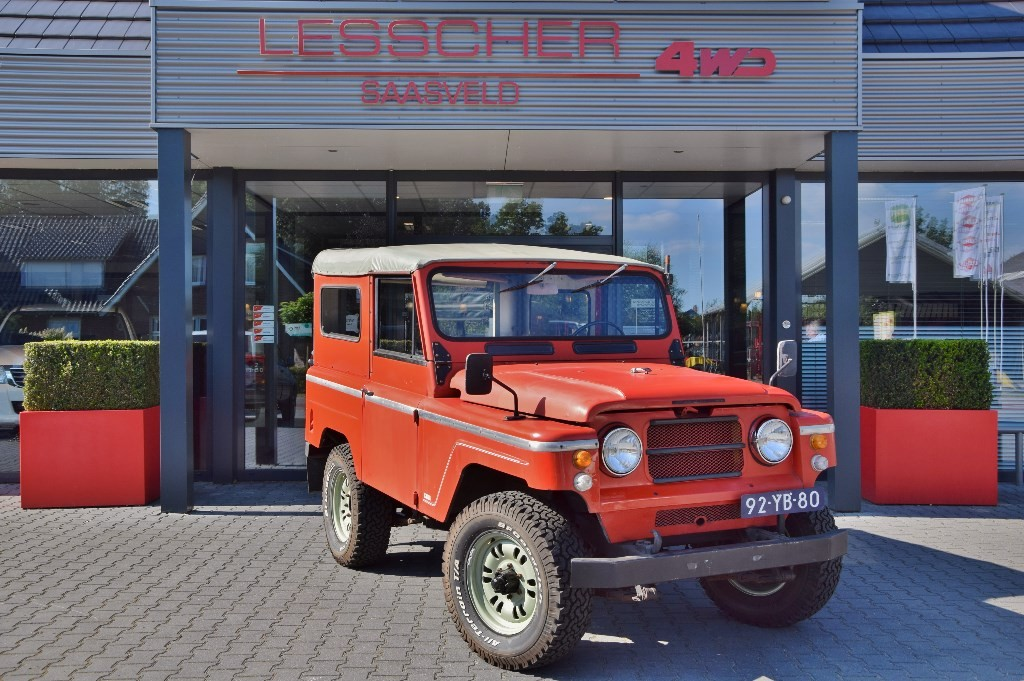 NISSAN PATROL 4.0 L60 SOFT TOP MARGE | Lesscher 4WD