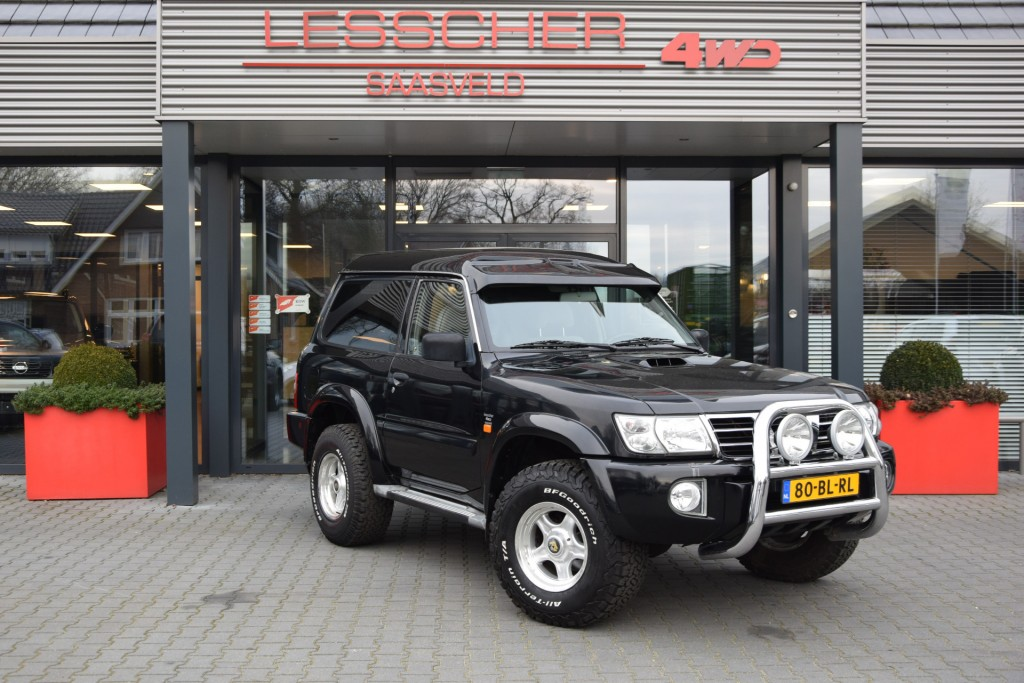 NISSAN PATROL 3.0 DI 3DRS LUXERY VAN MARGE | Lesscher 4WD