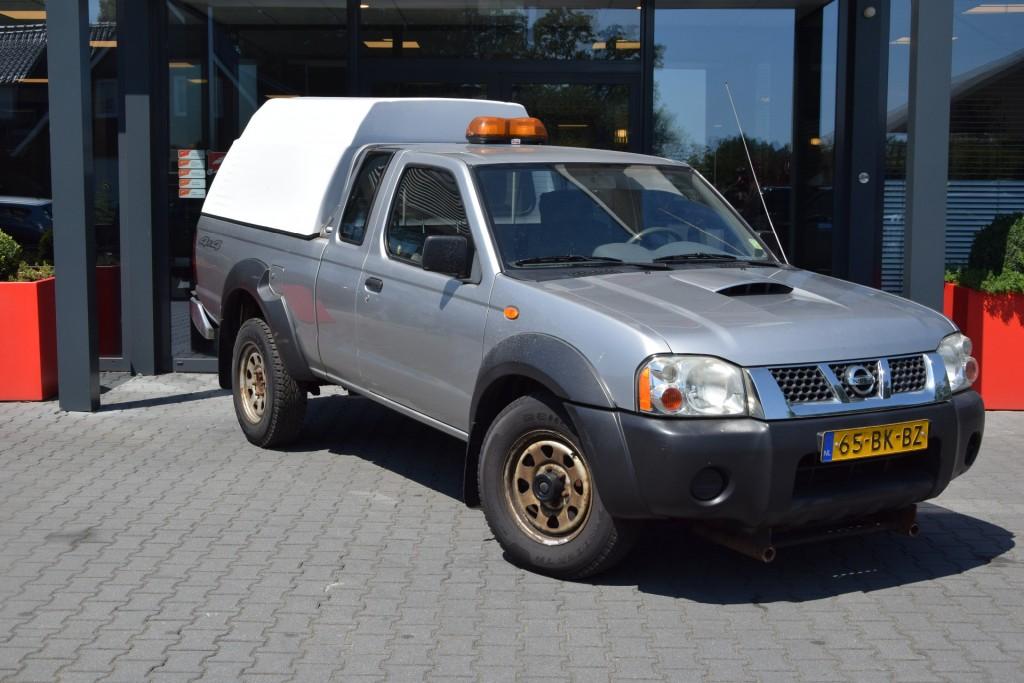 NISSAN KING-CAB 2.5 DI 4WD VAN | Lesscher 4WD